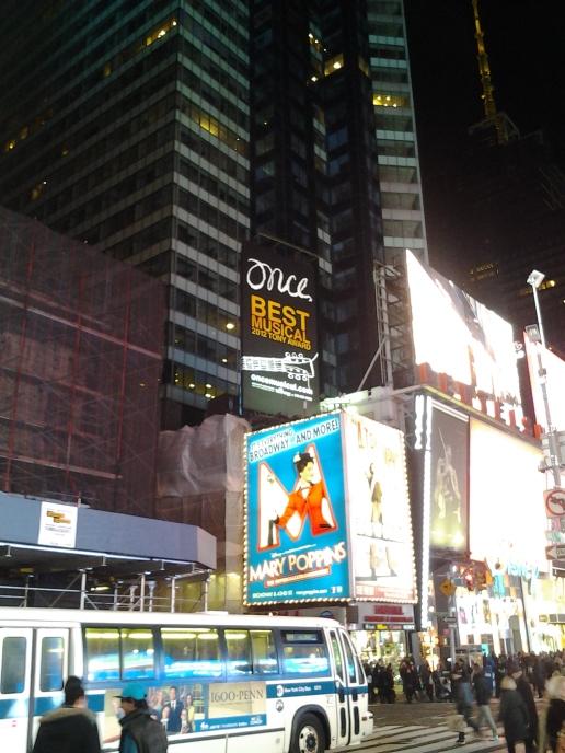 """Acá justamente es Broadway, donde dan todos los musicales que siempre quisiste ver. Estaba """"ONCE"""" en cartelera y no pude verla porque era muy cara =("""